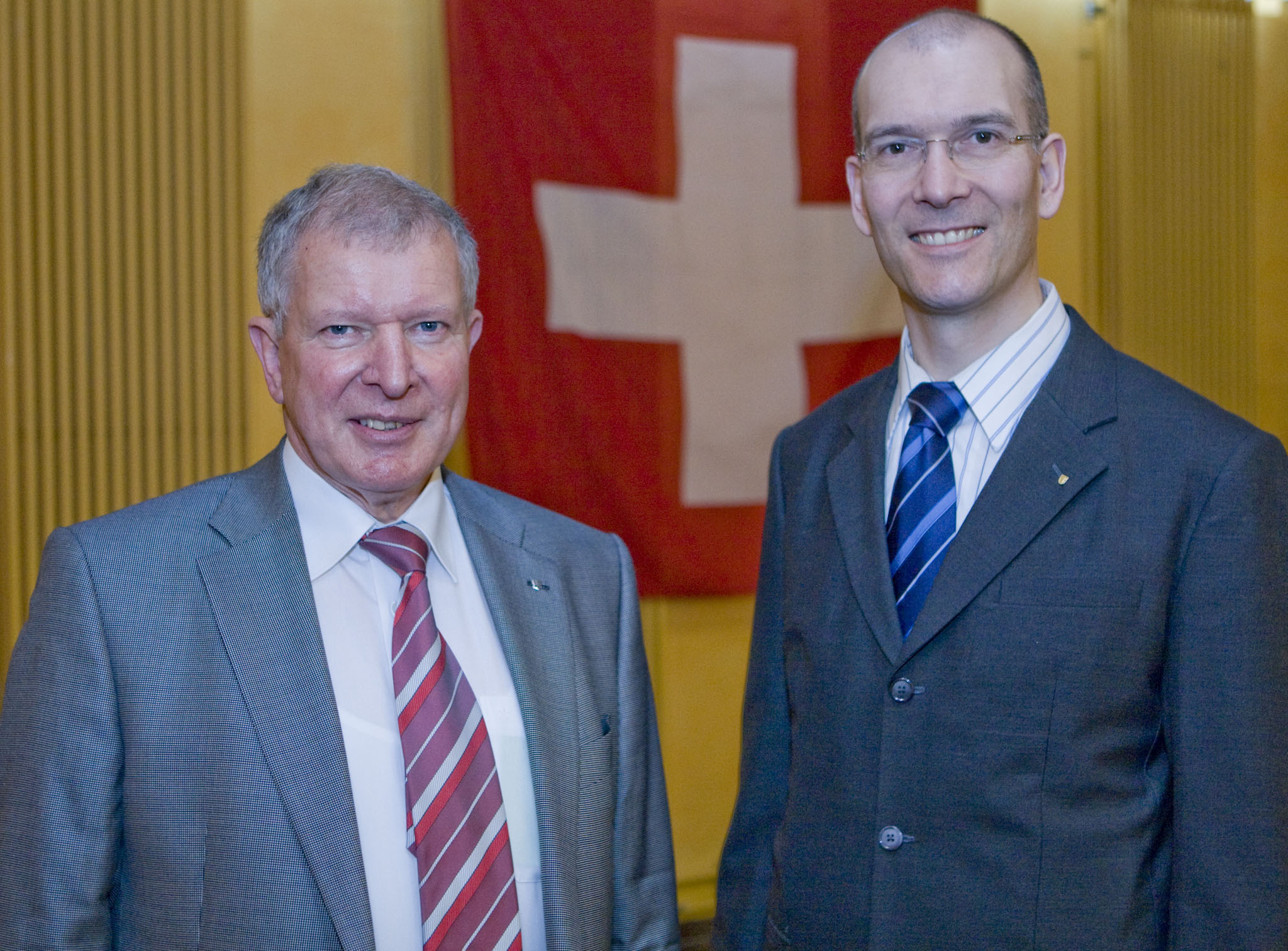 Der abtretende ehrenamtliche Geschäftsführer Henri Habegger (l.) und sein vollamtlicher Nachfolger Martin Dudle.